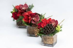 Crimson Trio  Modern Centrepiece   in Oakville, ON | ANN'S FLOWER BOUTIQUE-Wedding & Event Florist