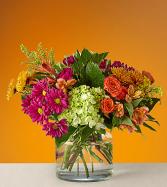 Crisp & Bright Vased Arrangement