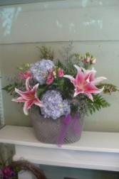 Crochet Tote Hydrangea & Lilies