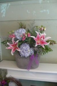 Crochet Tote Hydrangea & Lilies in Mechanicsburg, PA | Garden Bouquet