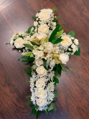 Cross Funeral   in Round Lake, IL | CUNA'S FORMAL WEAR & FLOWERS INC.