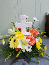 Cross of Remembrance Table Arrangement