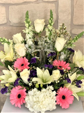 CRYSTAL CROSS ARRANGEMENT FOR VIEWING OR SERVICE
