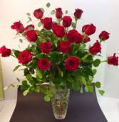 VCE Crystal Elegance Roses In Mikasa Vase