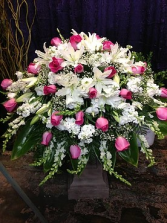 CS 1 PINK AND WHITE 3/4 CASKET SPRAY