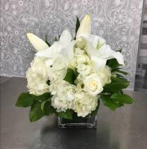 Elegant Expressions cube vase  Mixed Bouquet