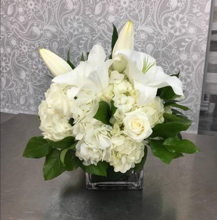 Elegant Expressions  Mixed Bouquet