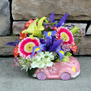 Cuddle Bug Me Pink! New Baby Girl Flowers in Woodinville, WA | WOODINVILLE FLORIST ®
