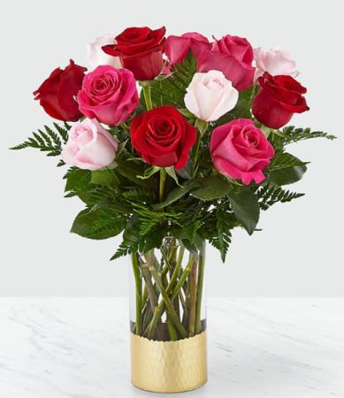 Cupid's Arrow Mix color roses