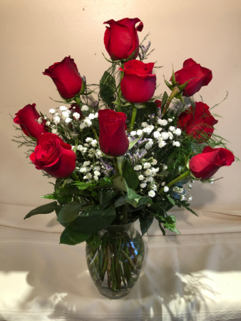 Cupid's Choice Roses Arranged