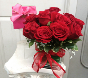 Love and  Kisses Roses  in Mount Pleasant, TX | DESIGNS BY LISA