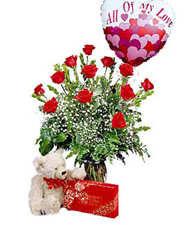 Cupid's the Works! Valentine's Day Lovers Package in Magnolia, TX | ANTIQUE ROSE FLORIST