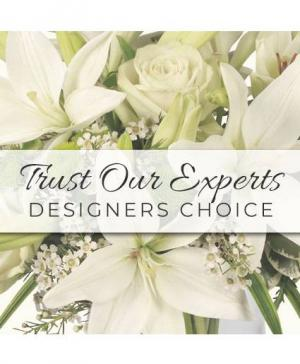 Custom Arrangement  in Hollister, CA | Expressions Floral