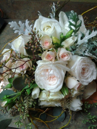 Custom Centerpieces and Weddings Garden roses