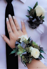 Custom corsage and boutonniere Corsage
