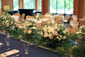 Custom Floral Tablescapes  in Oakville, ON | ANN'S FLOWER BOUTIQUE-Wedding & Event Florist
