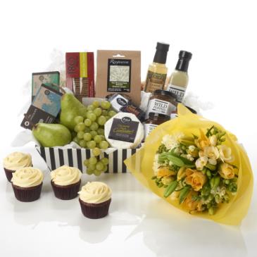 Custom Gift & Gourmet Hamper   Yes It is Customizable !