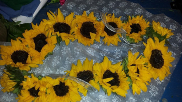 CUSTOM SUNFLOWER LEI #1 GRADUATION LEI