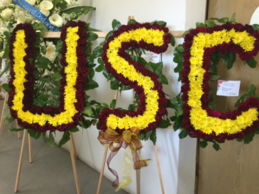 CUSTOM USC TROJAN FUNERAL SPRAY STANDING FUNERAL PC
