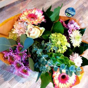 CUT BOUQUET - CANADIAN MADE, CANADIAN GROWN CUT FLOWERS