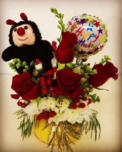 Cute As A Bug! Ladybug Candle & Floral Duo  in Plainview, TX | Kan Del's Floral, Candles & Gifts