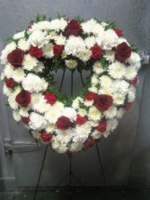 D328 open heart red roses & white flowers
