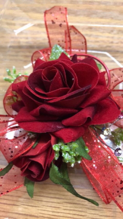 Daddy Daughter Corsage  in Jefferson, IA | Fudge's Flowers and Gifts