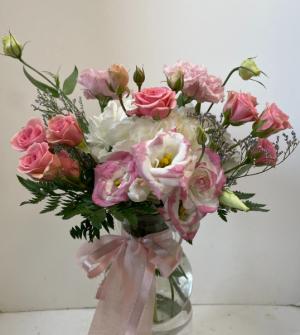 Daddy's Little Sweetheart Vase Arrangement in Northport, NY | Hengstenberg's Florist