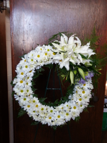 Daisies and Lilies Wreath Wreath