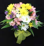 Daisies and Lily  Fresh Arrangement
