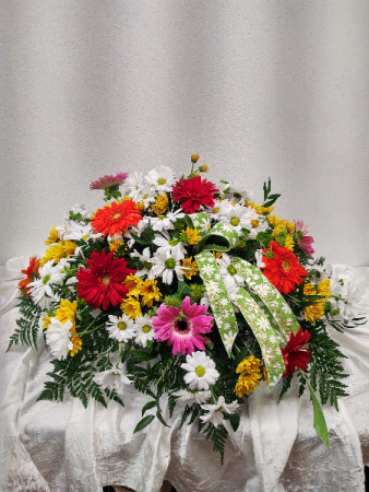 Daisies and more Daisies Casket spray