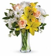 Daisies and Sunbeams - 101  Vase Arrangement