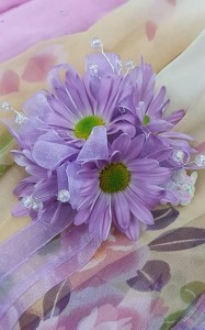 Daisy Cluster Corsage