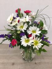 Daisy Delight Vase