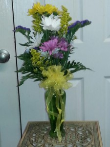 Daisy Vase Everyday Arrangement