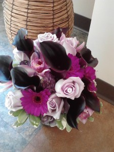 Dark Purple Calla Lilies And Roses Hand Tied Bouquet In Naperville