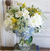 Darling Delight Vase Arrangement