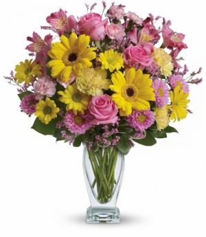 Dazzling Day All-Around Floral Arrangement in Winnipeg, MB | KINGS FLORIST LTD