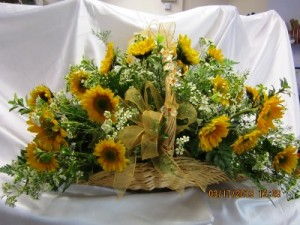 DB-429 Sympathy Arrangement in Naples, FL | DYNASTY FLOWER SHOP