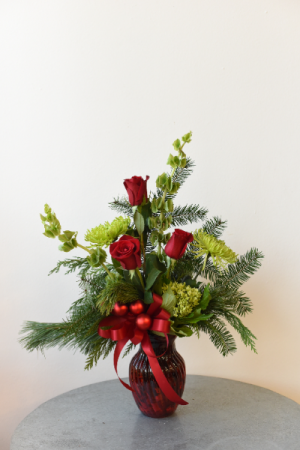 Deck the Halls  in La Grande, OR | FITZGERALD FLOWERS