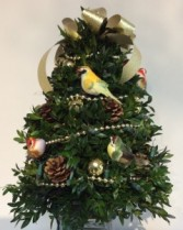 Decorated Boxwood Tree (Songbird)