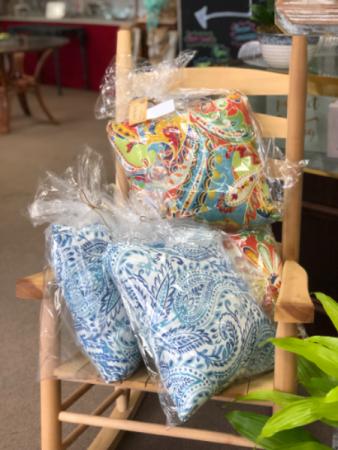 Decorative pillow - indoor/outdoor Gift