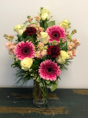 Delicate Palette Vase Arrangement in Bluffton, SC | BERKELEY FLOWERS & GIFTS