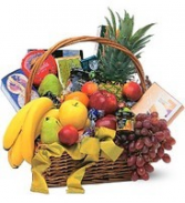 DELICIOUS DELIGHTS  Fruit & Gourmet Snack Basket