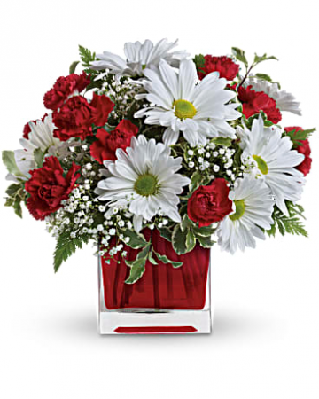 Valentine Delight  Floral Arrangement