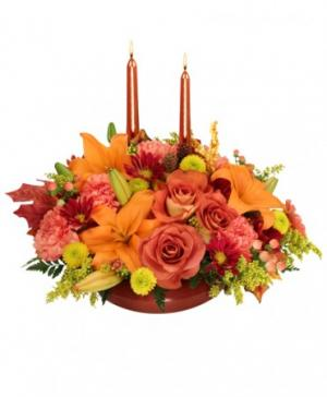 DELIGHTFALL Centerpiece in Sheridan, WY | BABES FLOWERS, INC.