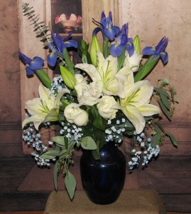 Delightful Memories Vase in Stevensville, MT | WildWind Floral Design Studio
