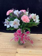 Deluxe  Half Dozen Carnations Vase