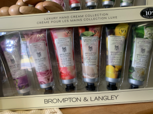 Deluxe Hand Cream Set in Red Lake, ON | FOREVER GREEN GIFT BOUTIQUE