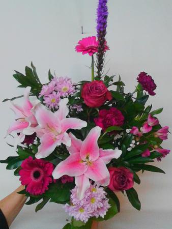 Deluxe Lily Bouquet Bouquet